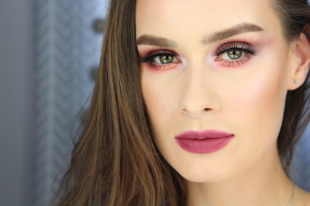 Makijaż przy użyciu produktów LOVE YOU SO MOCHI od NYX Professional Makeup