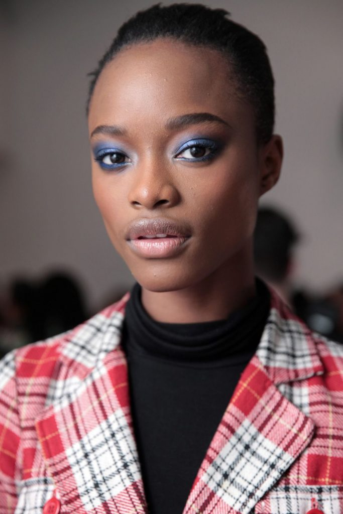 Carolina Herrera color smoky eye makeup trends 2018