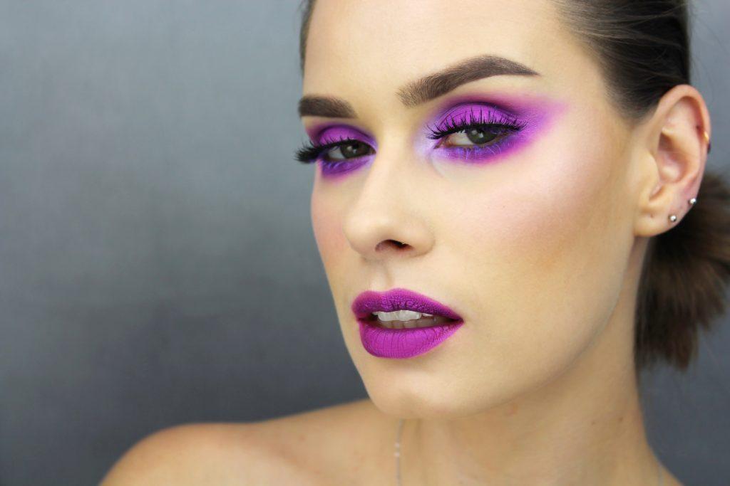ultra violet eye makeup makijaz graficzny w fiolecie fiolet fioletowy makijaż