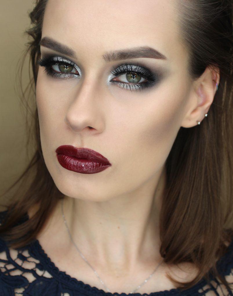 Inspiracja Makijaż inspirowany facechart'em @milk1422 Wieczorowe oczy i czerwone usta