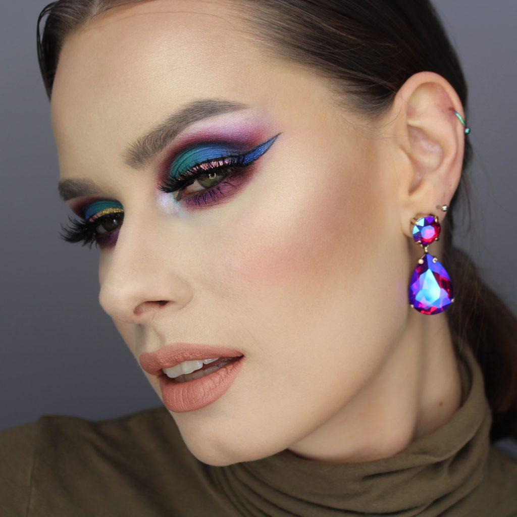 Zmalowana inspirowany makijaż fiolet kreska