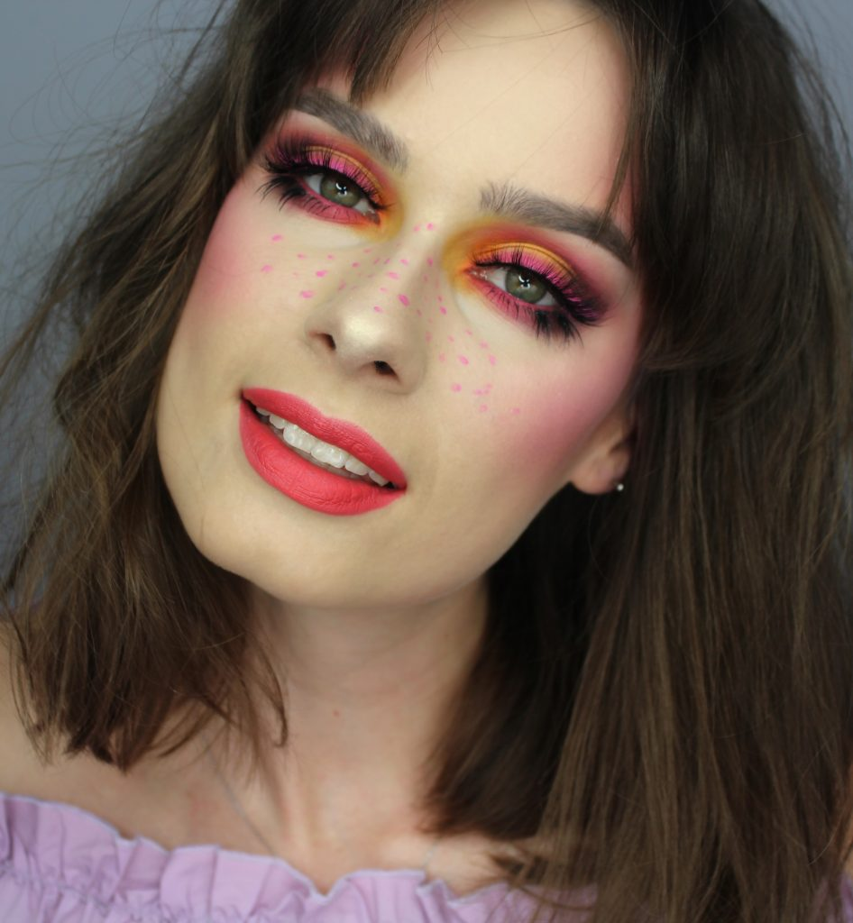 Wiosna makijaż kolorowy - odwzorowanie makijażu Zmalowanej